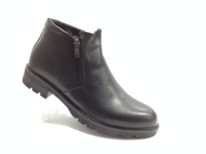NR - 7110 - Ботинки мужские, нат.кожа - нат.мех. цвет чёрный, с боку замок, 8 пар размеры с 40-45 (повторные размеры - 42,43) - цена 2400